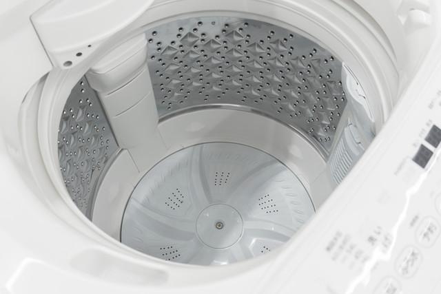 縦型の洗濯機の中