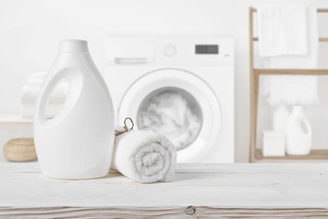 洗濯機とタオルと洗剤