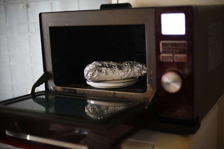 電子レンジで加熱する