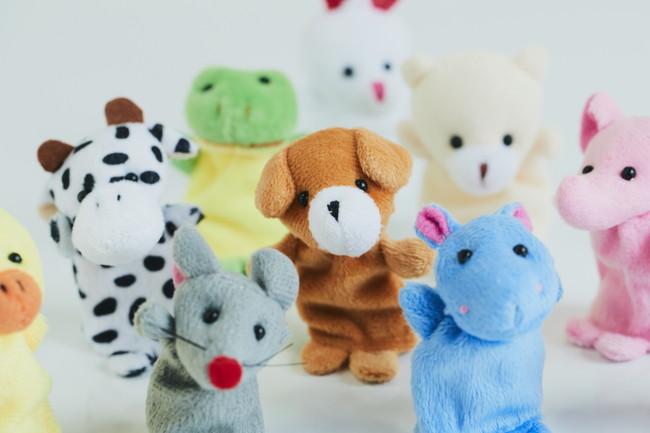 複数の指人形の動物パペット