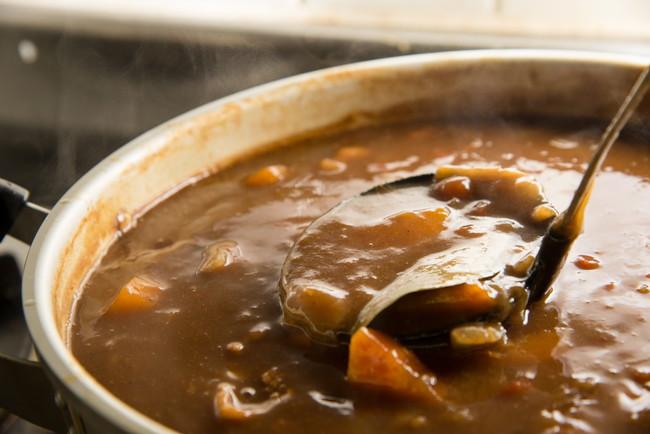 大きな鍋で作ったカレー