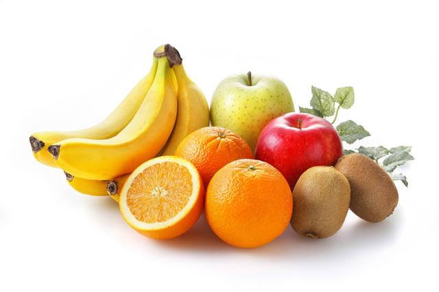 キウイと色々な果物