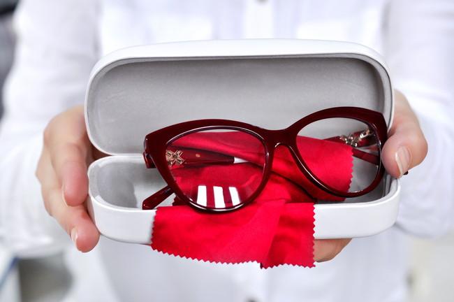 美しく磨いたメガネ