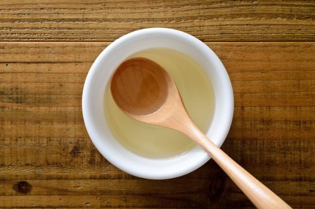 お皿の中の油
