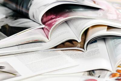 雑誌のスクラップ