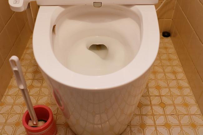 トイレと掃除用具