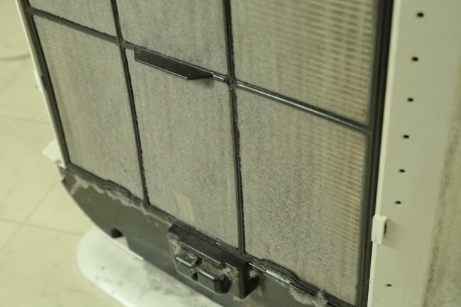 空気清浄機にフィルターの汚れ