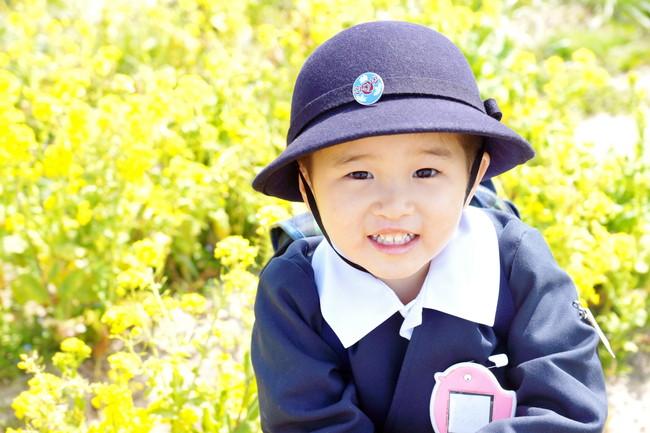春の幼稚園児