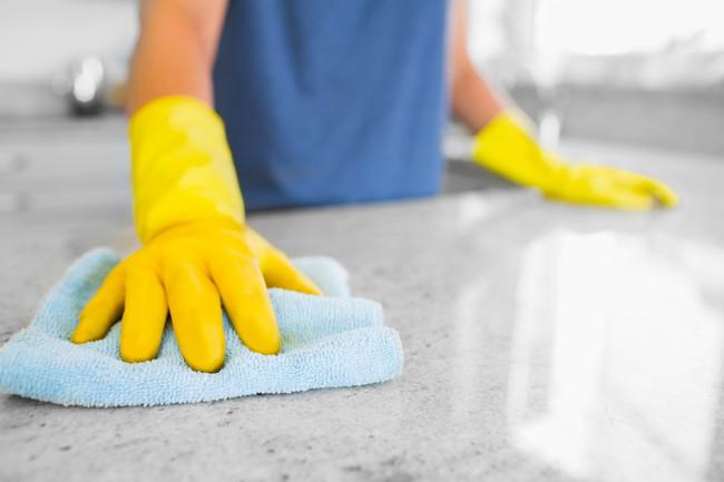 キッチンカウンターの掃除