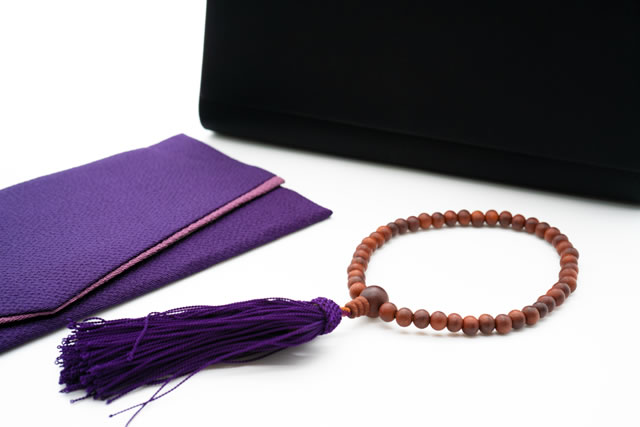 紫のふくさと数珠