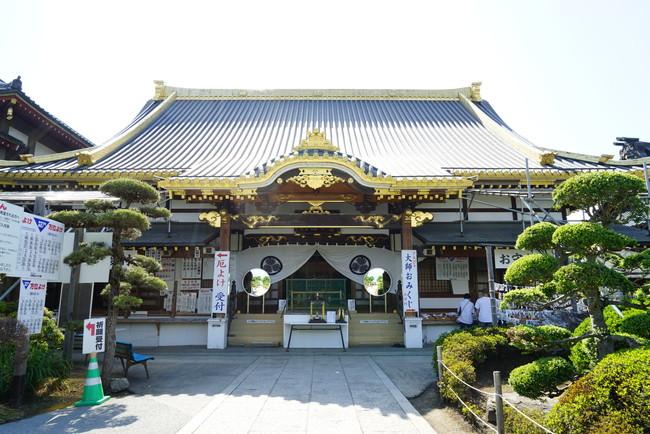 荘厳な神社
