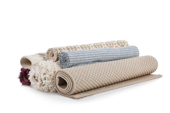 複数の絨毯