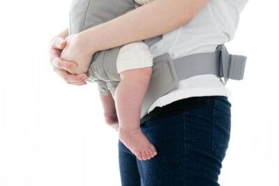 赤ちゃんとお母さんと抱っこ紐