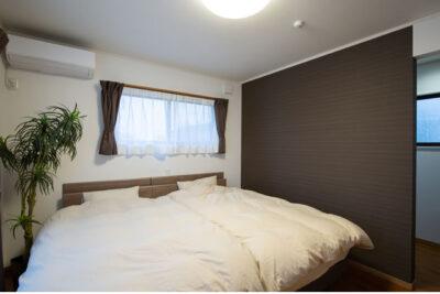 寝室と布団カバー