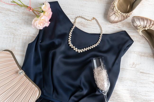 結婚式に着ていくドレス