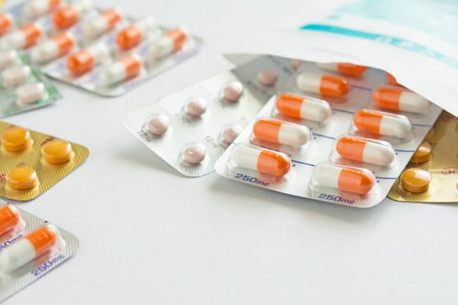 カプセルと錠剤の薬