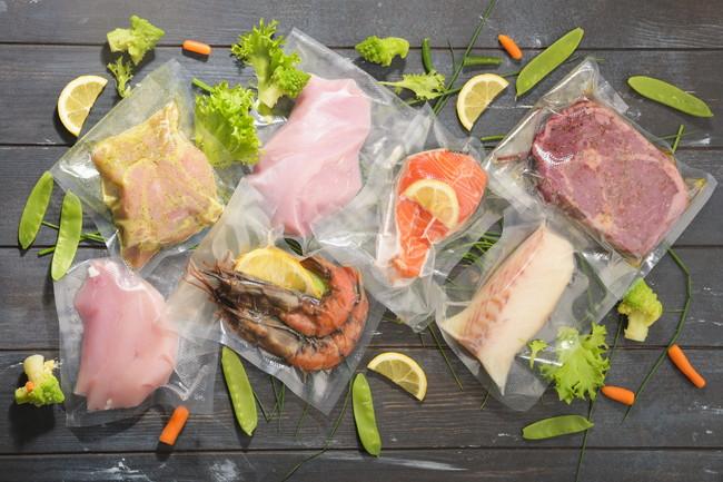 真空パックの肉や魚