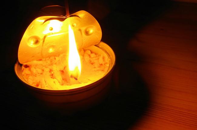 ツナ缶ランプ
