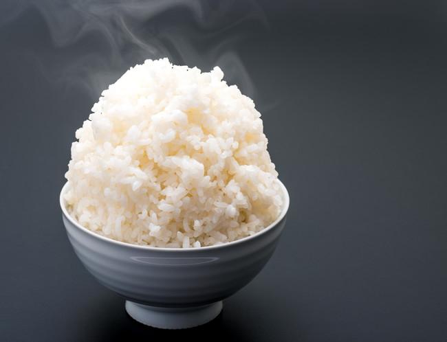 山盛りの白米