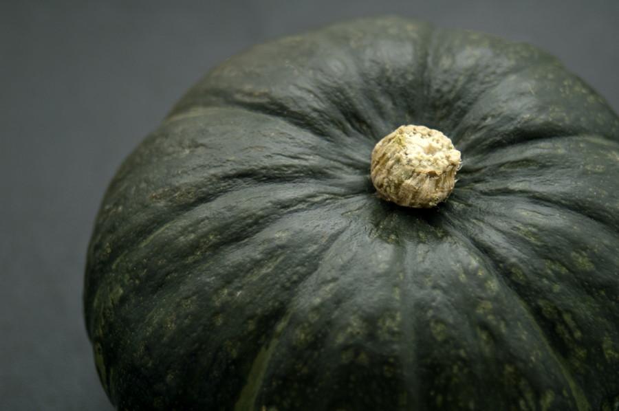皮につやのある大きなかぼちゃ