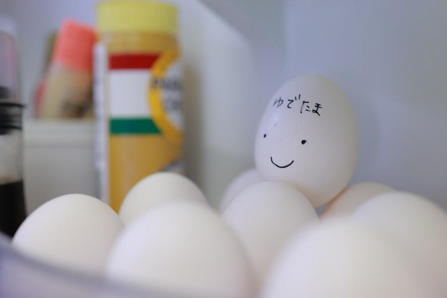 冷蔵庫の中のゆで卵