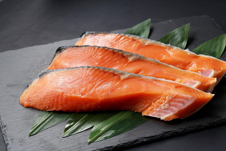 食べてはいけない鮭とは?
