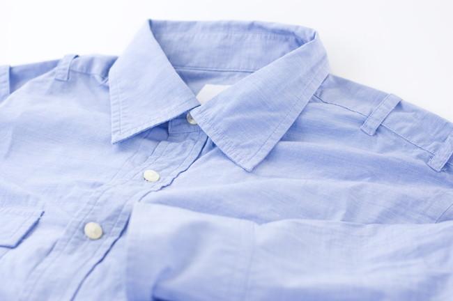シワシワのシャツ