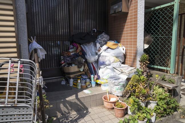 ゴミだらけの玄関