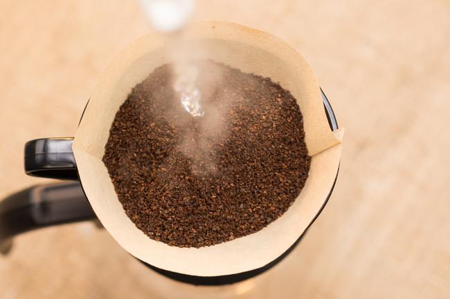 ペーパーフィルターを使たドリップコーヒー