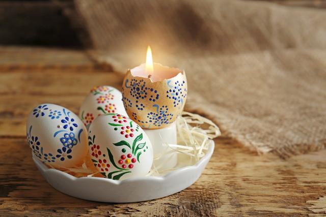 卵の殻で作ったキャンドル