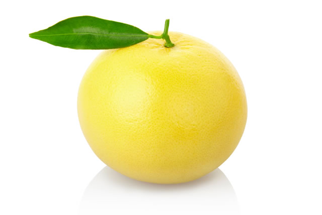 grapefruit with clipping path