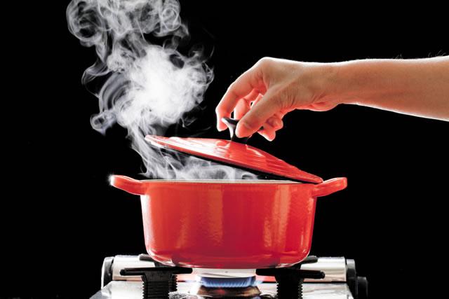 ホーロー 鍋 焦げ付き