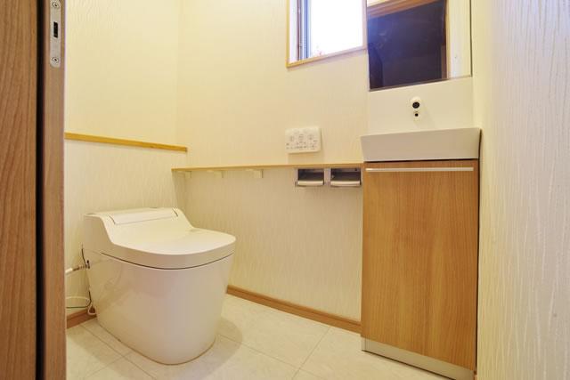 日本の住宅のトイレ