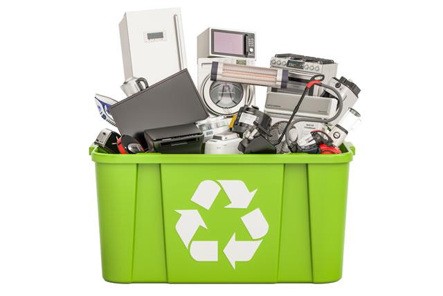 リサイクルボックスと電化製品