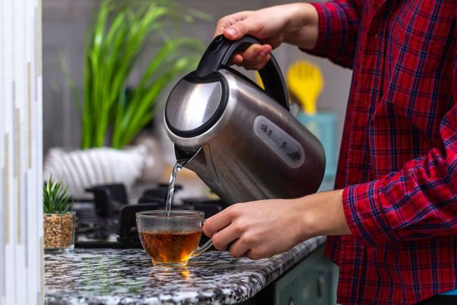 電気ケトルと紅茶