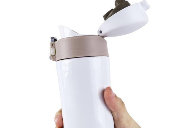 ワンタッチオープン式の水筒