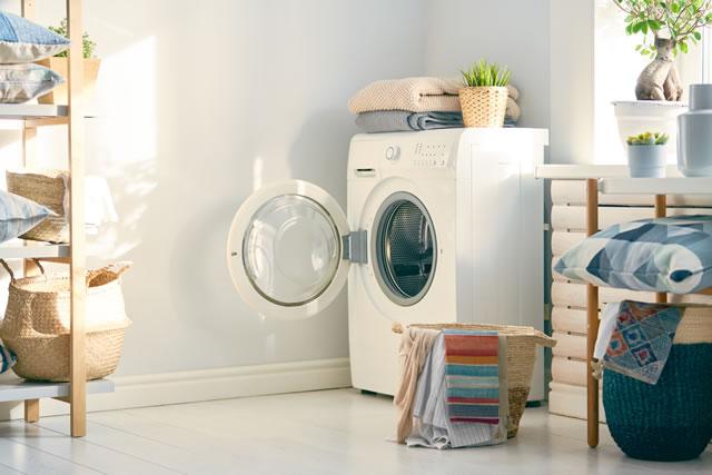 フタの開いた洗濯機