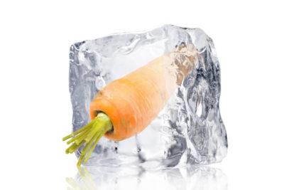 凍ったニンジン