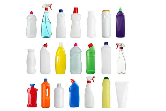 様々な容器に入っている洗剤