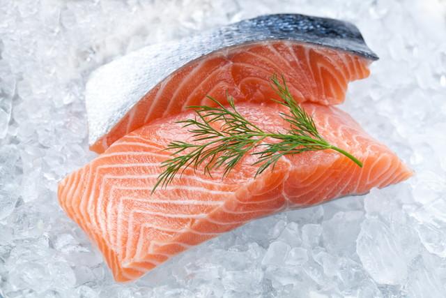 冷凍された魚の切り身