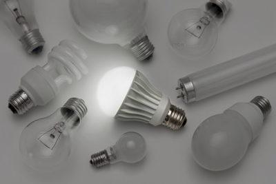 LEDと蛍光灯