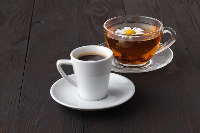 紅茶 カフェ イン 量